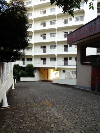 マンション恵比須苑の入り口