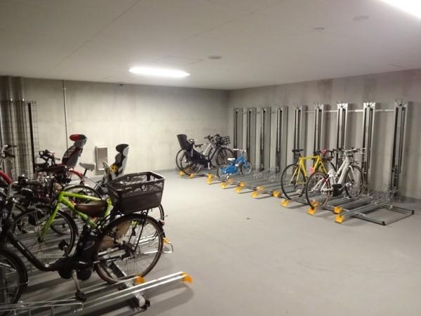 ブランズ渋谷常盤松の駐輪場