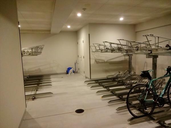 カーサスプレンディッド恵比寿の駐輪場